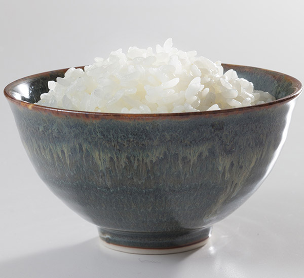 Fresh-steamed rice