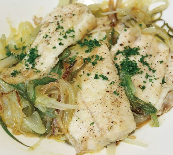 Flounder steamed in white wine